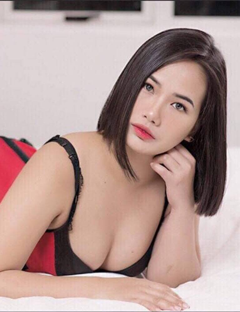 Alyanna   Filipina Masseuse   Pleasure Massage