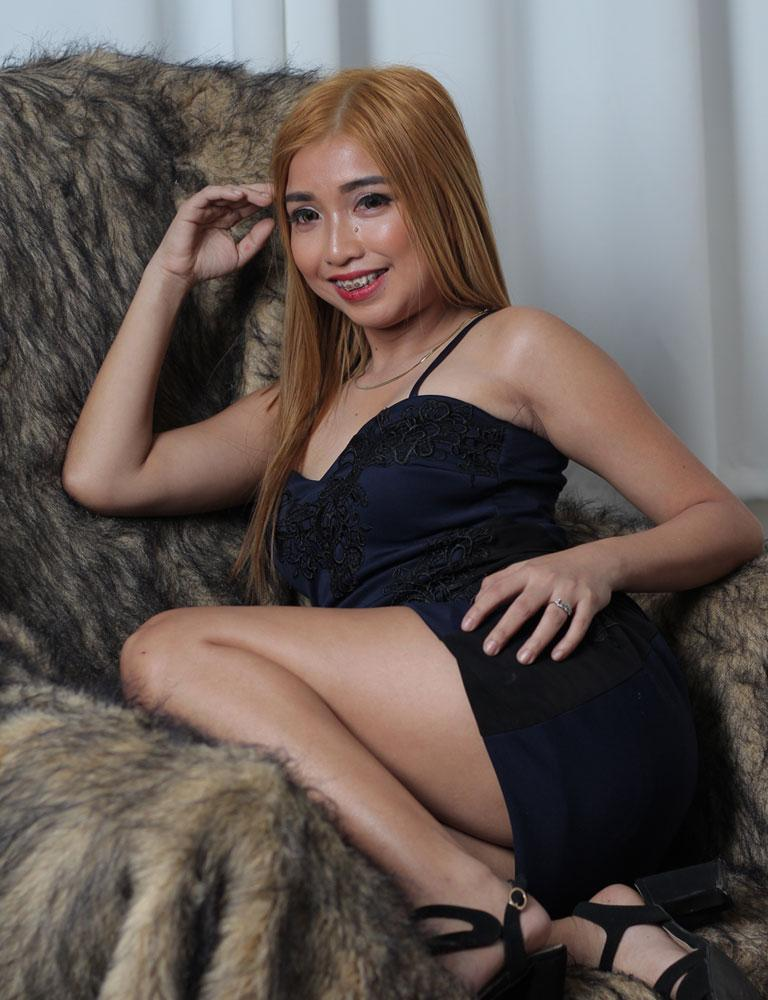 Demi | Filipina Therapist | Tantric Massage