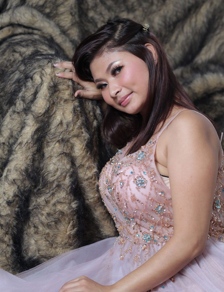 Mizuki | Filipina Masseuse | Pleasure Massage