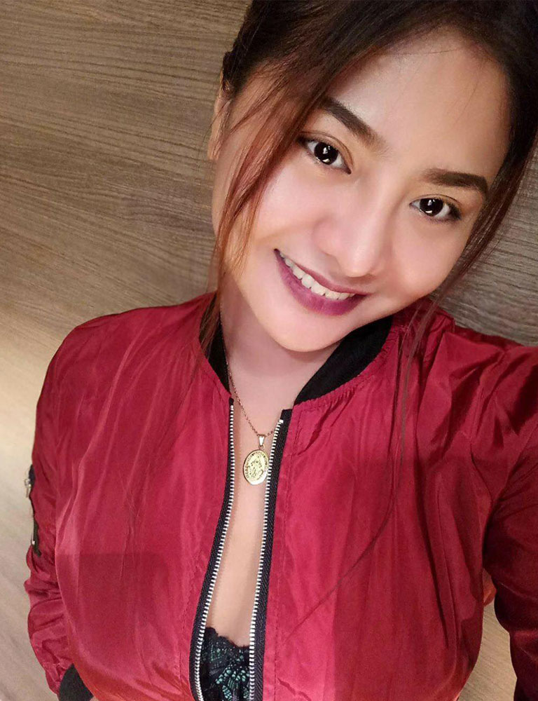 Nadine | Filipina Masseuse | Pleasure Massage