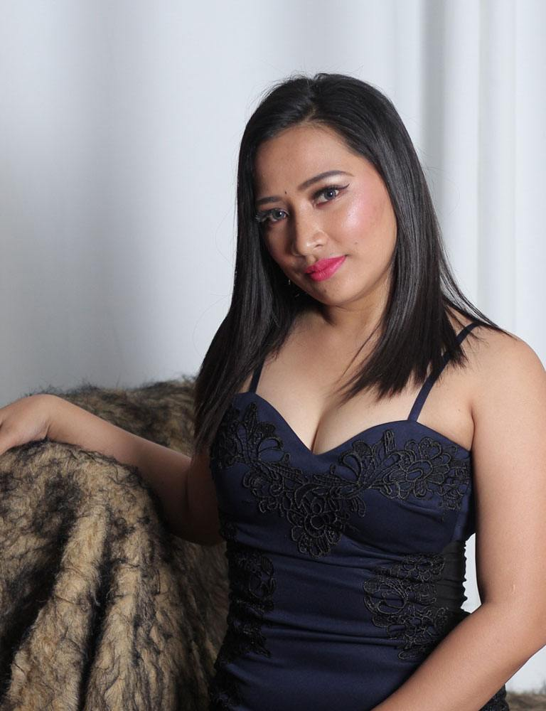 Nympha | Filipina Masseuse | Pleasure Massage